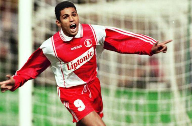 First Goal : le lob de Sonny Anderson face à Bordeaux