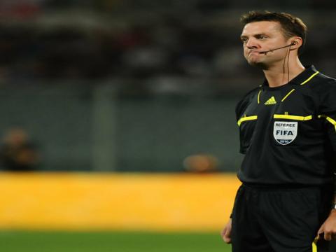 Aleksei Kulbakov au sifflet à Dortmund