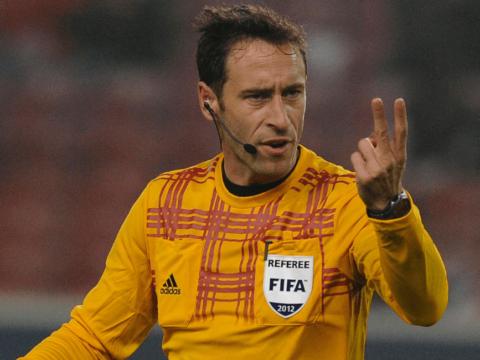 Artur Dias au sifflet contre Bruges