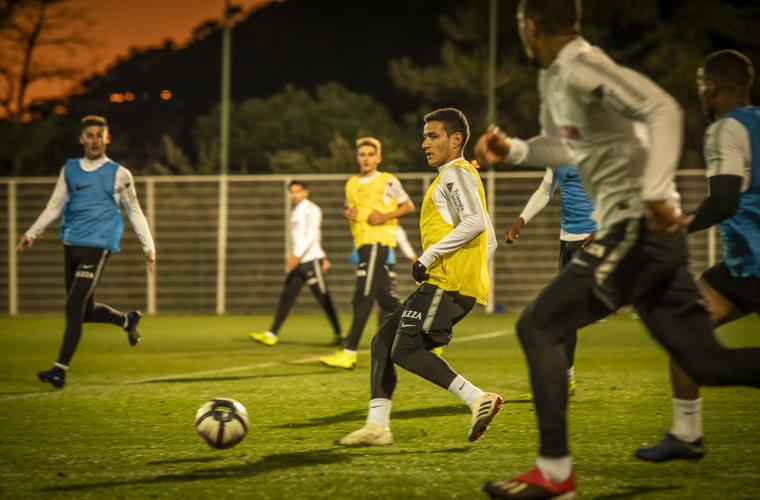 Grupo :  Naldo relacionado pela primeira vez, retorno de Rony Lopes