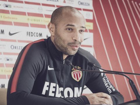"""Thierry Henry : """"Colocamos um volume na pausa"""""""