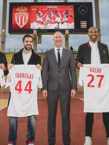 Présentations de Naldo, Ballo-Touré, Vainqueur et Fàbregas
