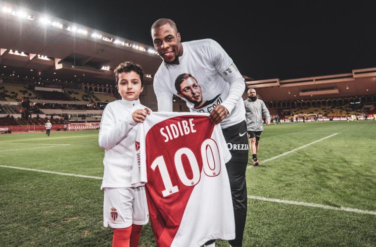 Djibril Sidibé honoré