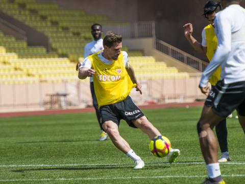 """Adrien Silva: """"Continuar perseverando"""""""