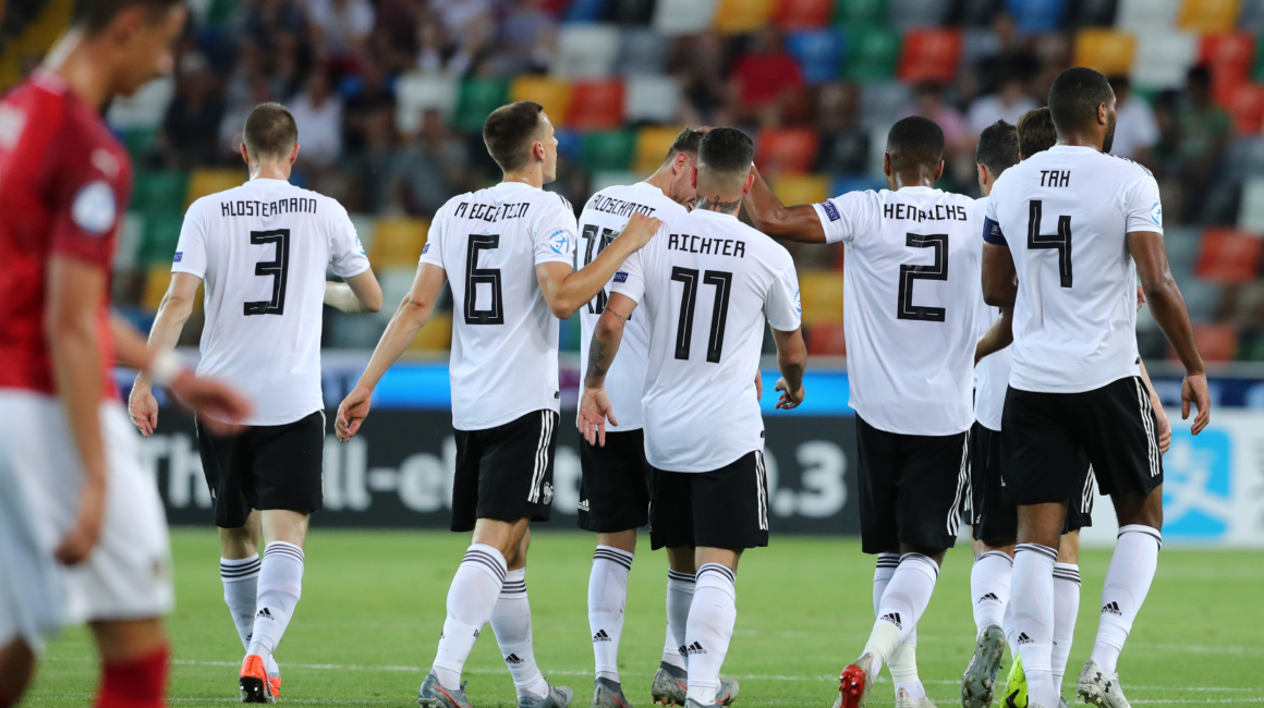 Henrichs' Germany earns a semi-final place