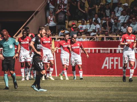 AS Monaco x Nîmes em imagens