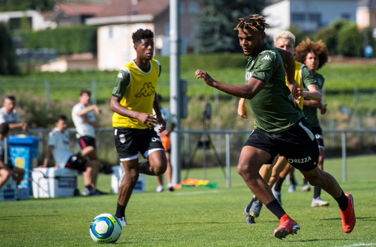 Panzo e Foster se juntam ao Cercle Brugge