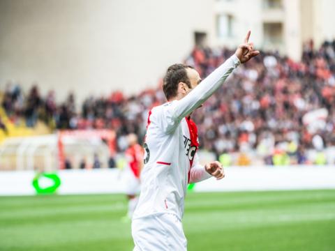 Berbatov se quedó con nuestro gol del siglo