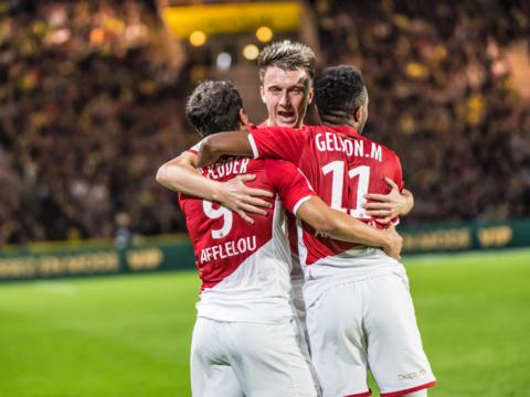Le onze rouge et blanc contre Saint-Étienne