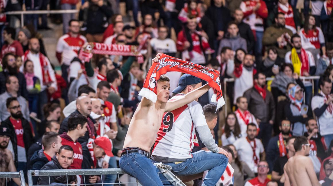 500 supporters rouge et blanc à Nantes