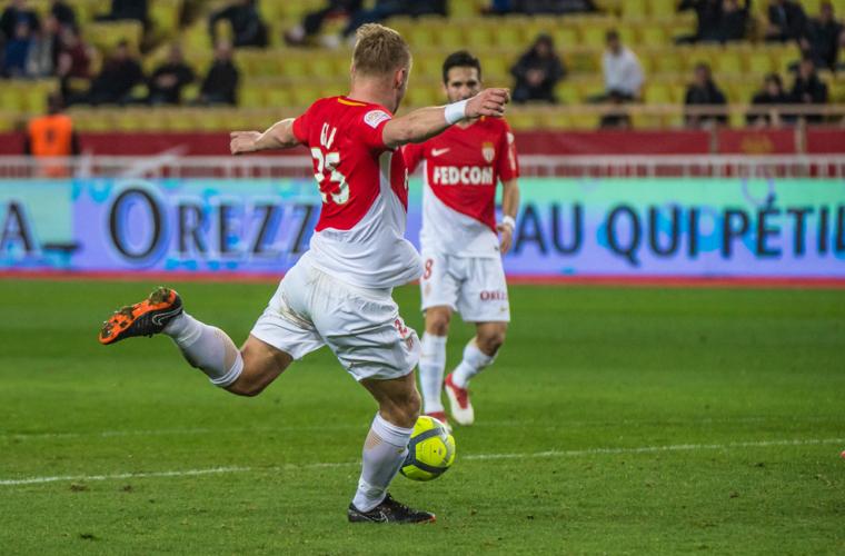 O Top 5 de golaços contra o Dijon