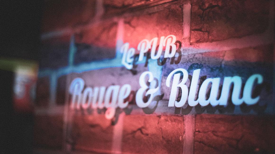 Pub Rouge et Blanc, l'esprit pub