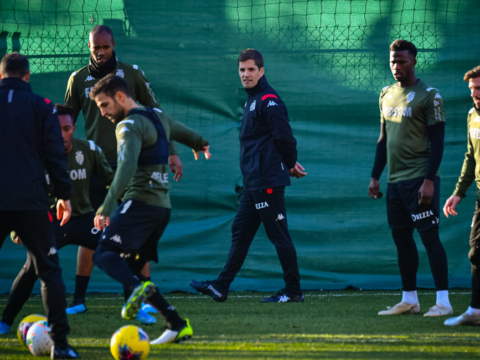 Robert Moreno, the first training in pictures