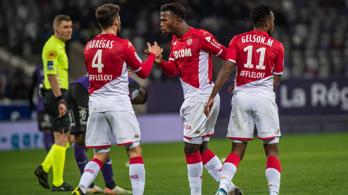 Le groupe rouge et blanc contre Amiens