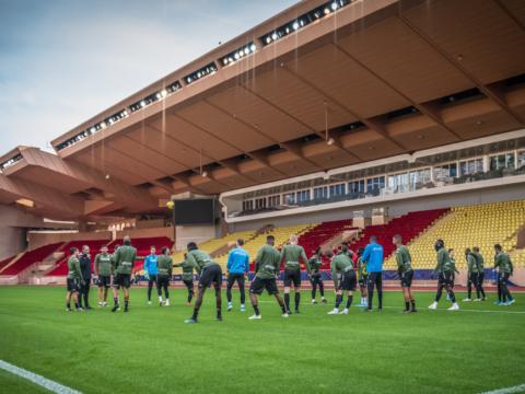 El equipo entrenó en el Stade Louis-II