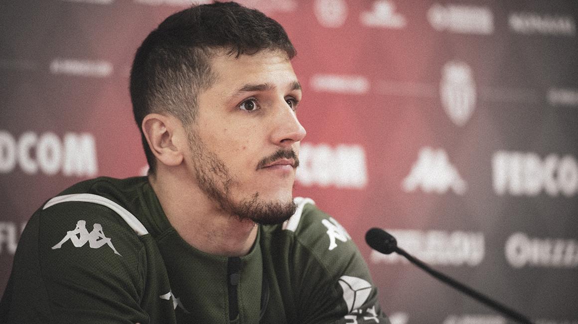 """Stevan Jovetić : """"A happy man"""""""