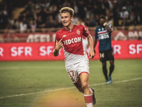 Aleksandr Golovin extends his contract until 2024