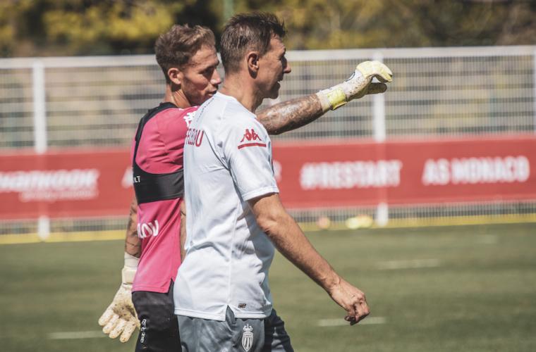 Vatroslav Mihacic se junta ao estafe de Niko Kovac