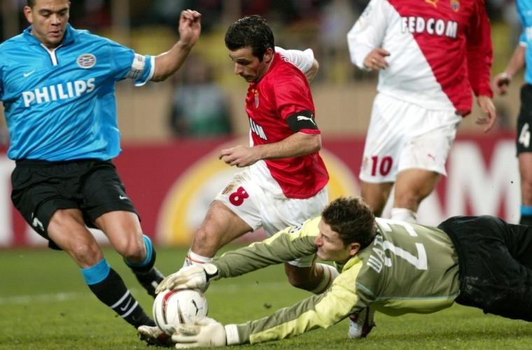 O AS Monaco contra equipes holandesas