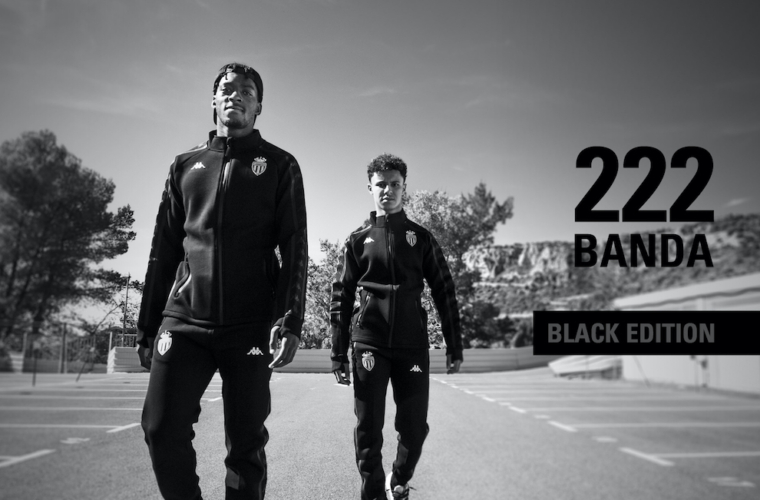 Treat yourself to the new tracksuit Banda 222 - Black Edition