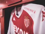 Des maillots aux enchères au profit de Pink Ribbon Monaco