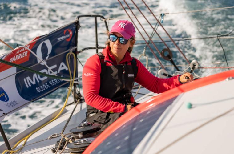 """Alexia Barrier : """"Une fierté de terminer mon premier Vendée Globe"""""""