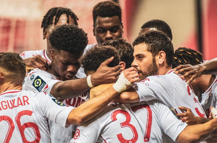 Le groupe de l'AS Monaco face au FC Nantes