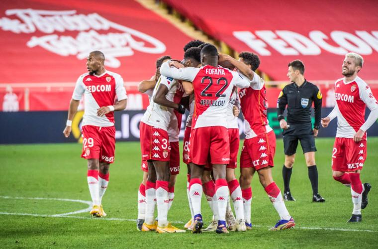 Le groupe de l'AS Monaco face à l'Olympique de Marseille