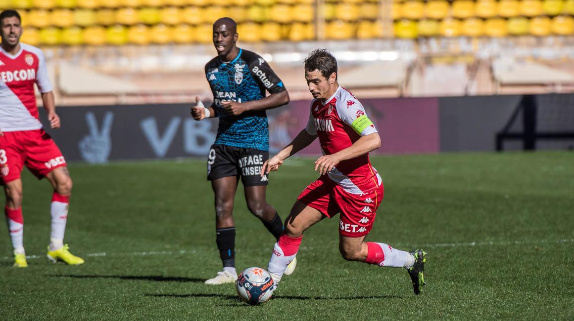 Lorient-AS Monaco programmé le vendredi 13 août à 21h