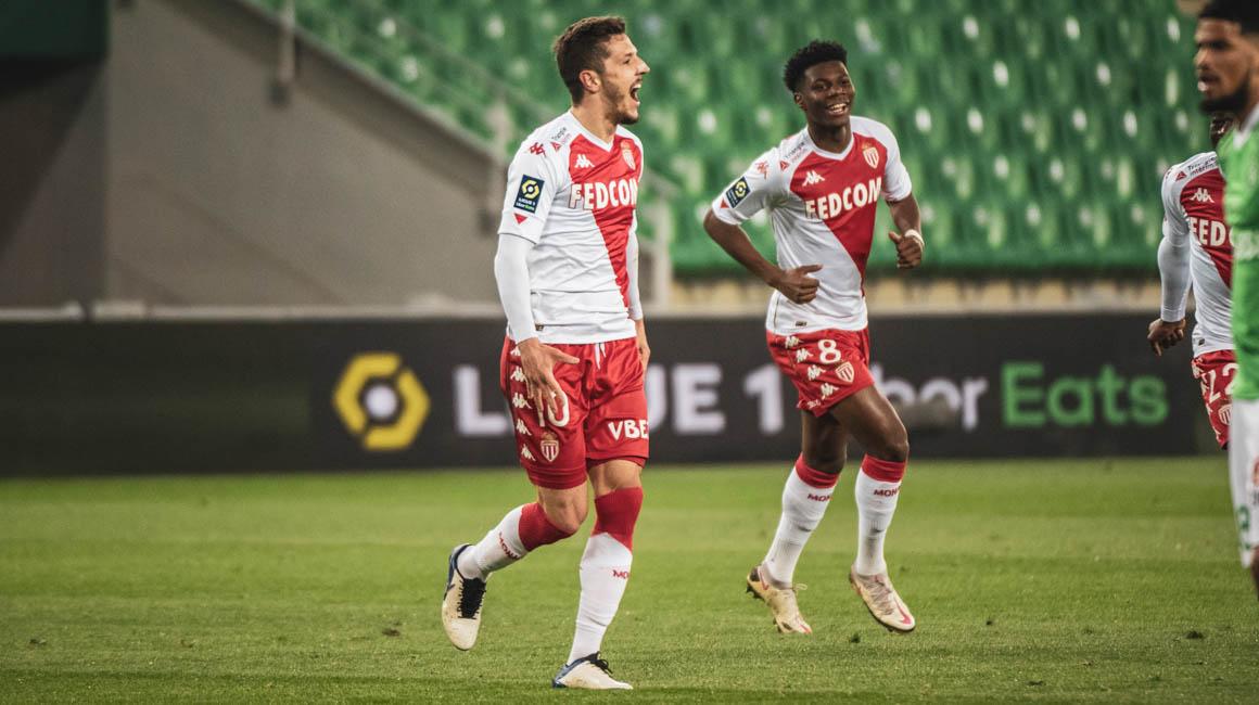 Stevan Jovetić et Aurélien Tchouameni dans L'Équipe type