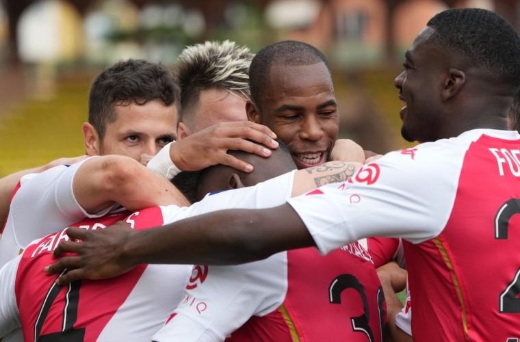 «Монако» громит «Мец» и одерживает победу в первом матче