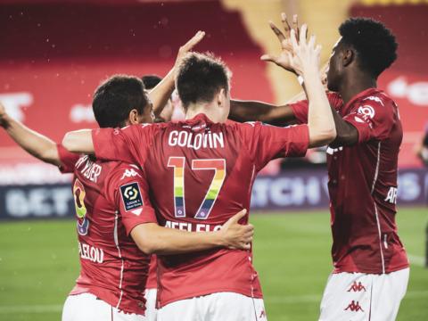 «Монако» побеждает «Ренн» и продолжает идти к своей цели