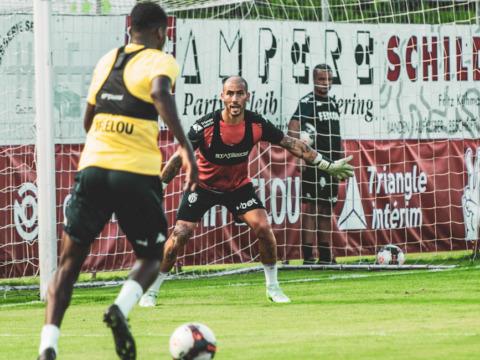 Benjamin Lecomte emprestado ao Atlético de Madri