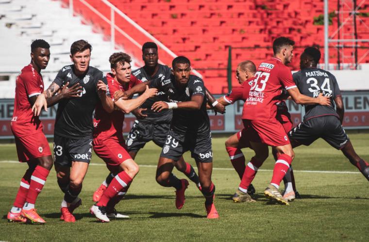 «Монако» продолжает оставаться непобежденным после ничьи в матче с «Антверпеном»
