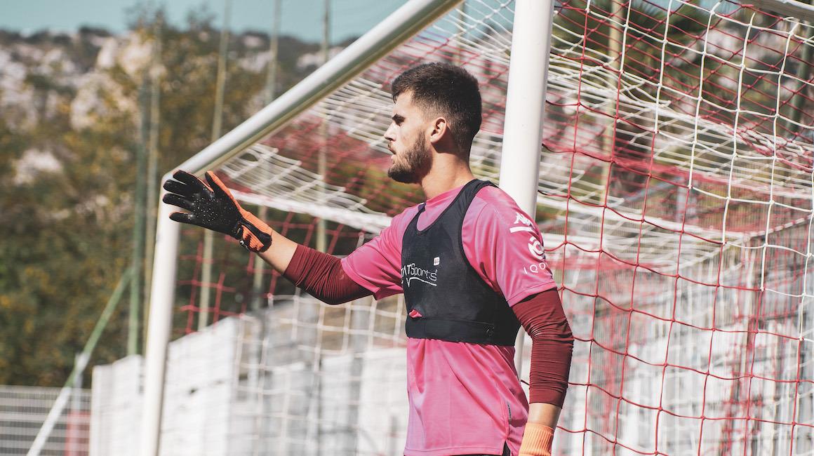 Gabriel Pereira assina com o Club Athletico Paranaense