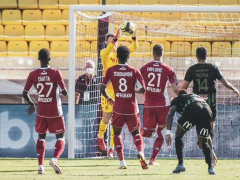 AS Monaco cayó ante RC Lens