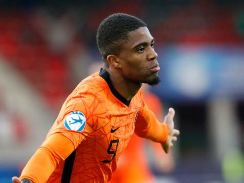 Myron Boadu sélectionné avec les espoirs des Pays-Bas