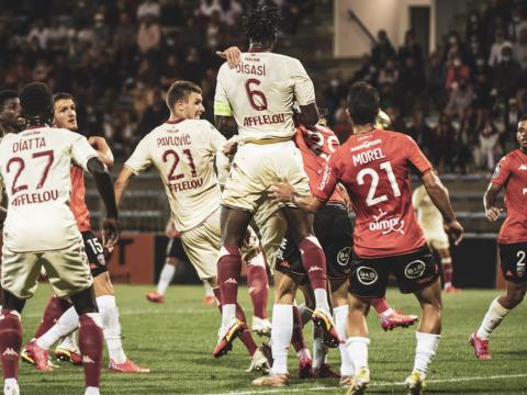 Strahinja Pavlović dans L'Équipe type de la 2e journée de Ligue 1