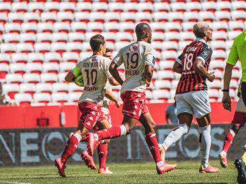 O AS Monaco soma um ponto no 101º derby em Nice