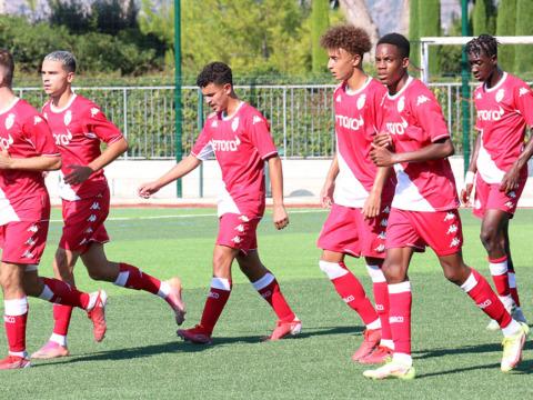 Une victoire en U19, une défaite en U17